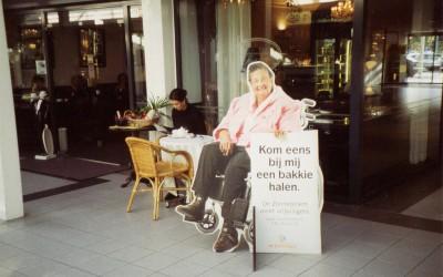 zonnebloem-dame-rolstoel